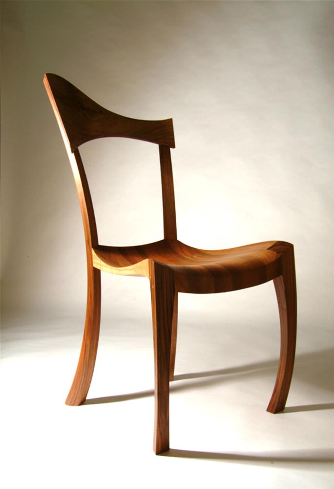 Необычный стул